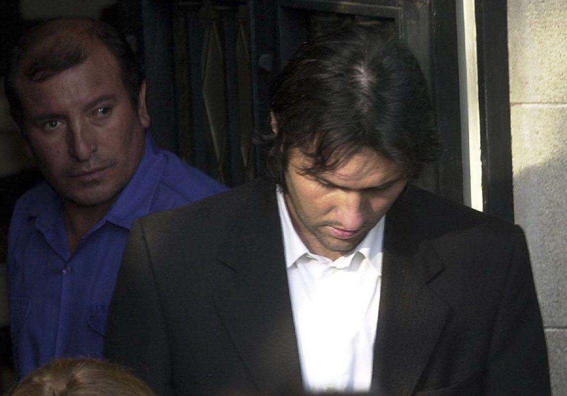 Pachelo dijo que tenía cita con amante y que entró a orinar en una de las casas robadas