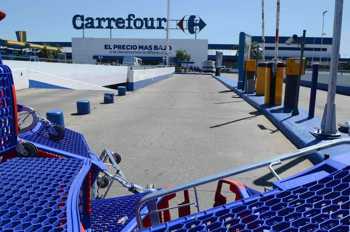 Principio de acuerdo entre Carrefour y el sindicato de Comercio tras la segunda reunión