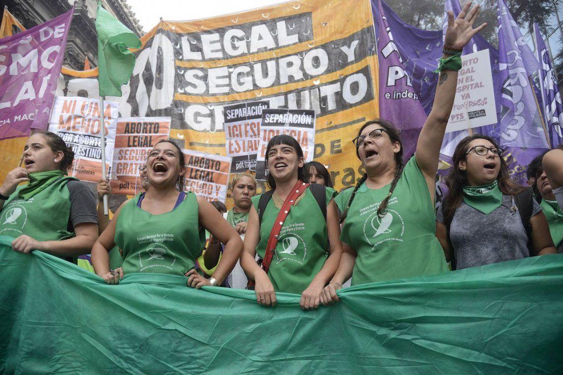 A favor y en contra: marcharon por el aborto en el Congreso