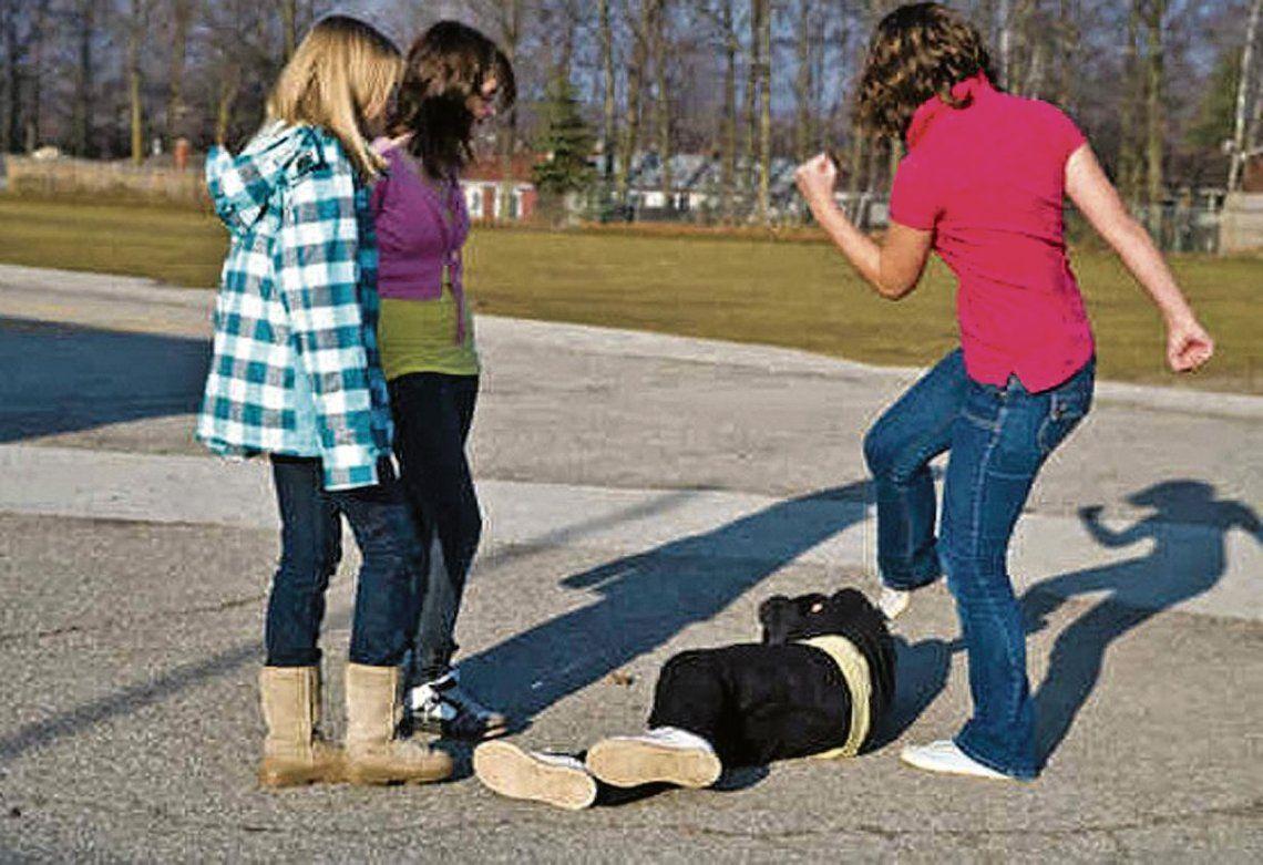 dEl bullying es una preocupación constante en las comunidades educativas.