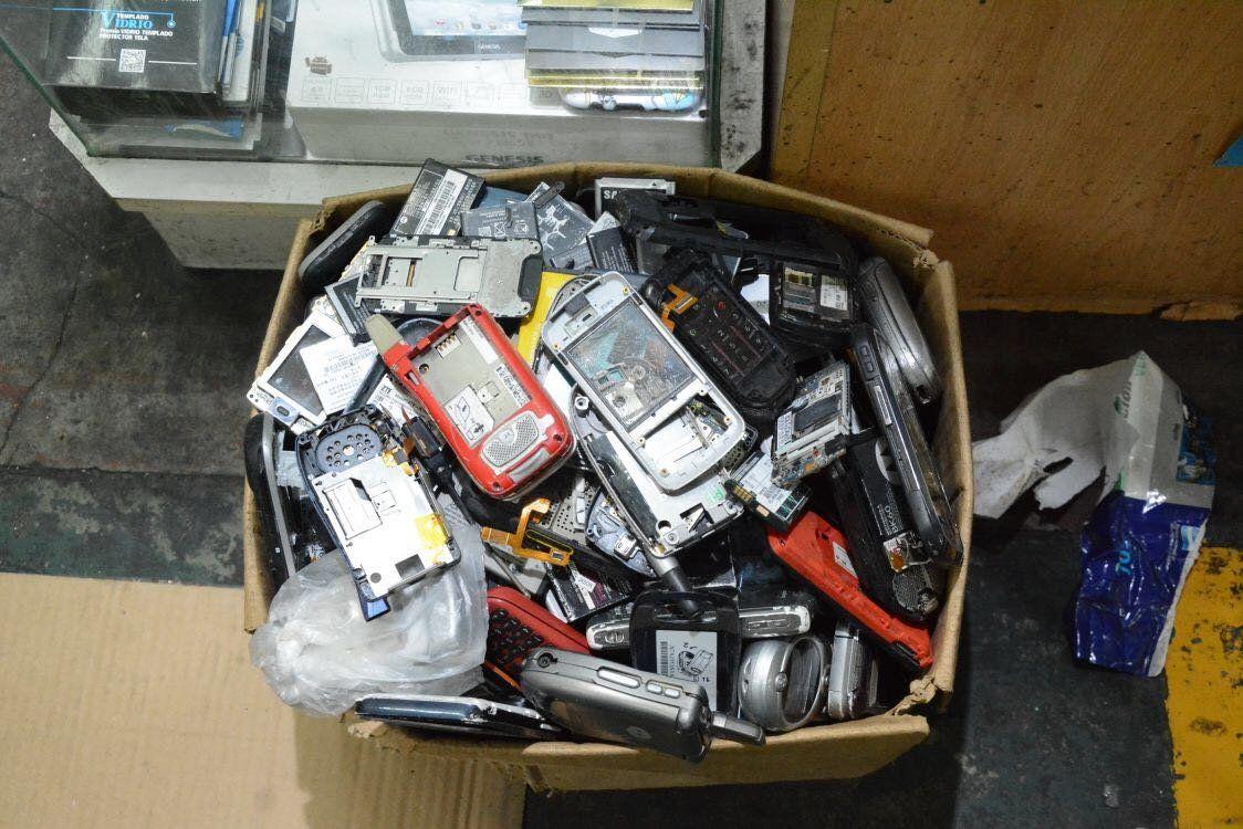 Allanaron galería en Once y recuperaron smartphones robados en Lollapalooza