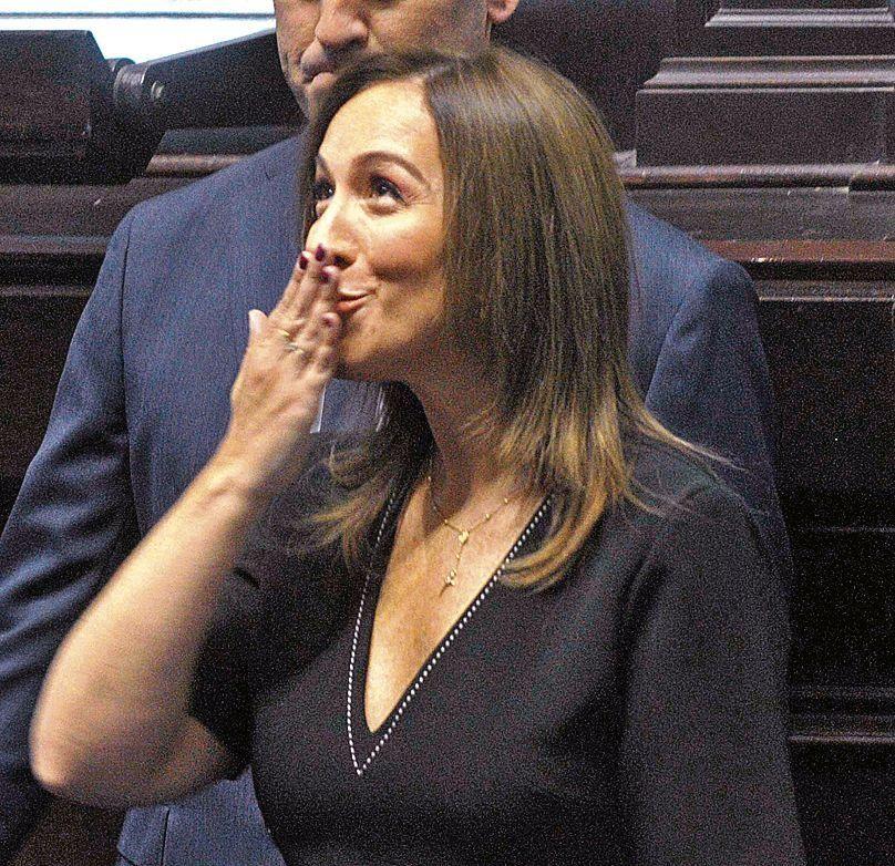 dEl gobierno de Vidal decidió de forma unilateral otorgar un anticipo a cuenta.