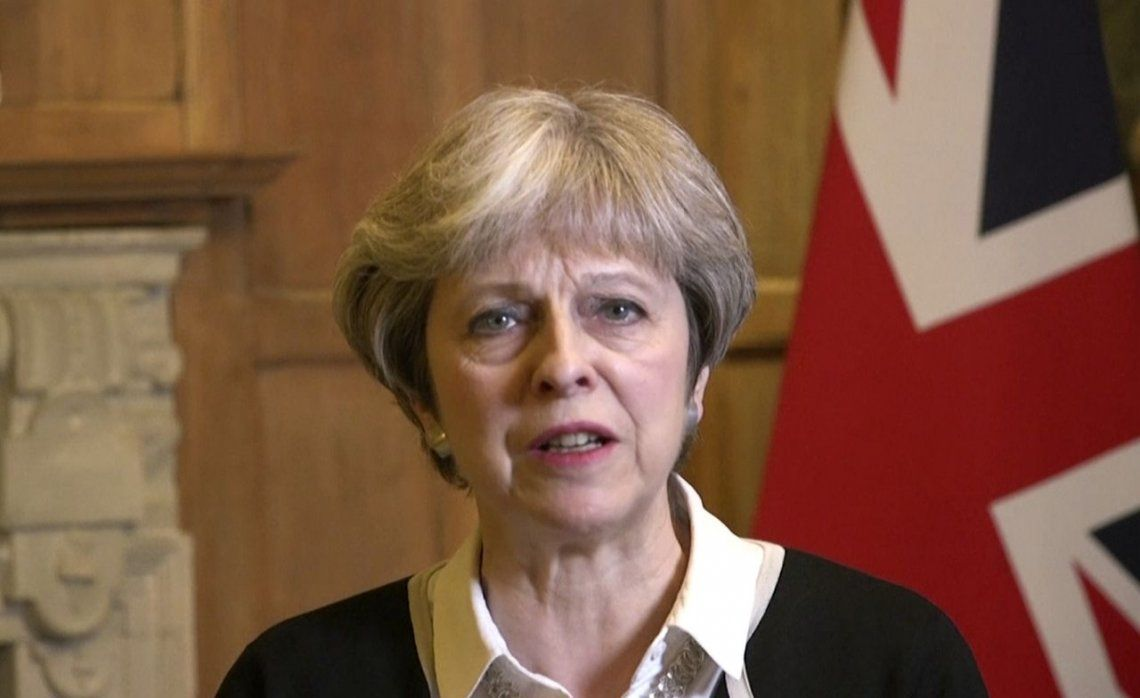 Theresa May, sobre el ataque a Siria: No hubo otra alternativa
