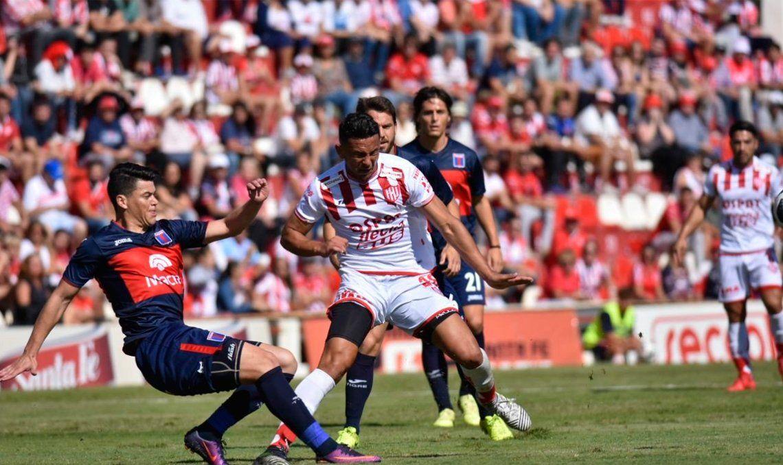 Unión y Tigre empataron en un partidazo que sacudió la modorra dominguera