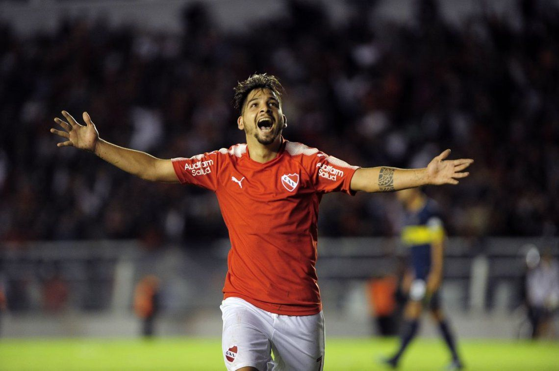 Independiente tumbó a Boca y puso el campeonato al rojo vivo