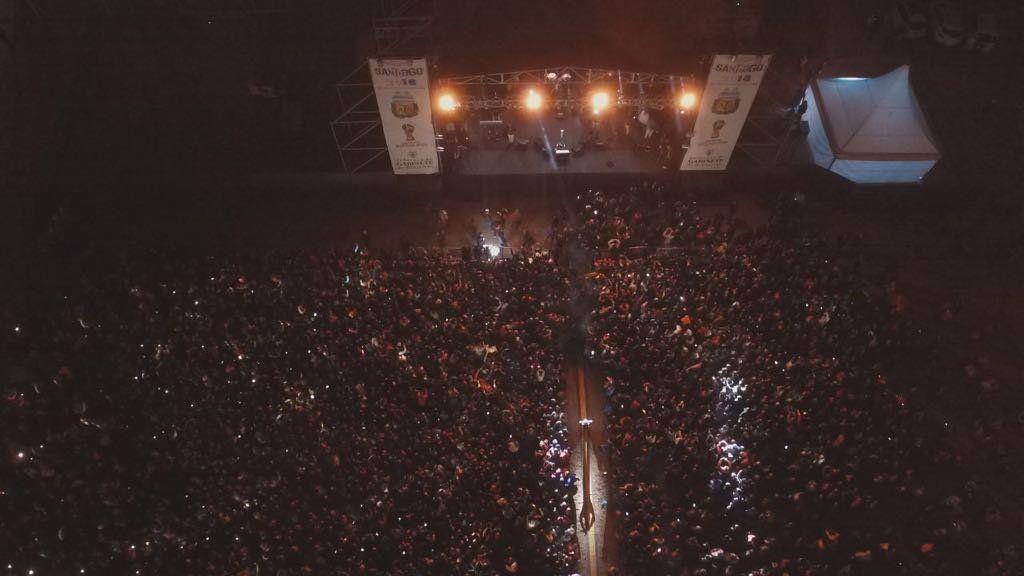 El programa Es la hora de alentar reunió a una multitud en Santiago