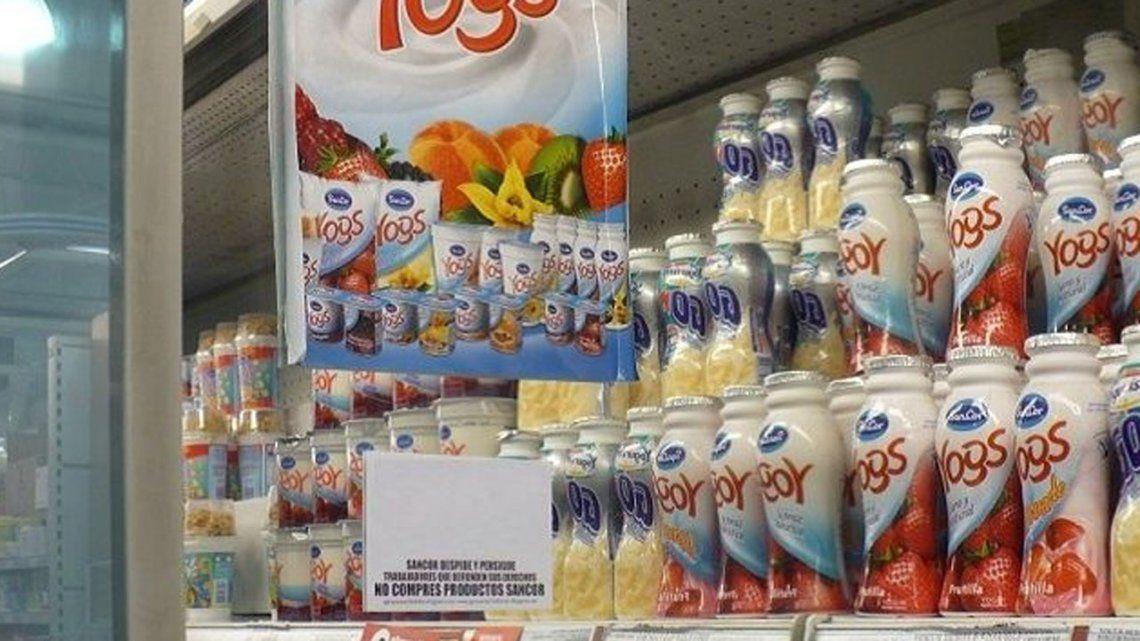 Retiran del mercado lotes de una marca de yogurt por fallas en su elaboración