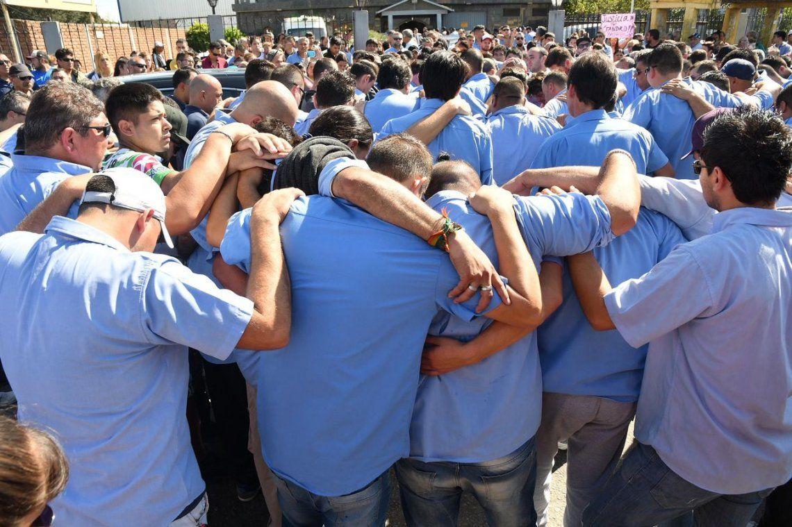 Conmovedora despedida al colectivero asesinado en Virrey del Pino