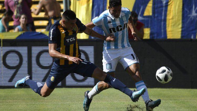 Racing se impuso en Rosario con dos golazos