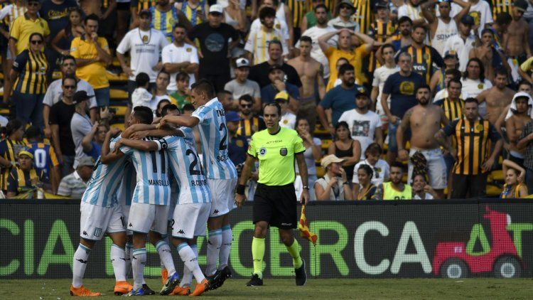 Racing piso fuerte en Rosario y sigue en carrera por la próxima Libertadores