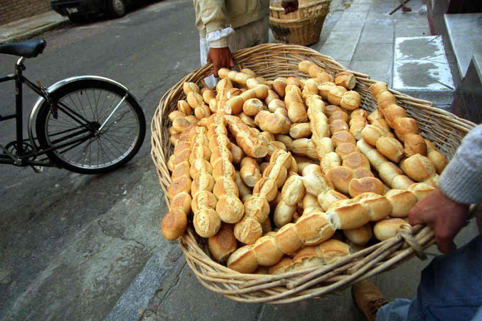 Panaderos bonaerenses denuncian fuerte aumento de la harina