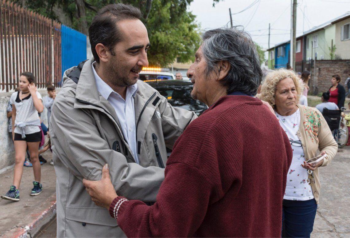 Convenio por obras para instituciones educativas del barrio Carlos Gardel