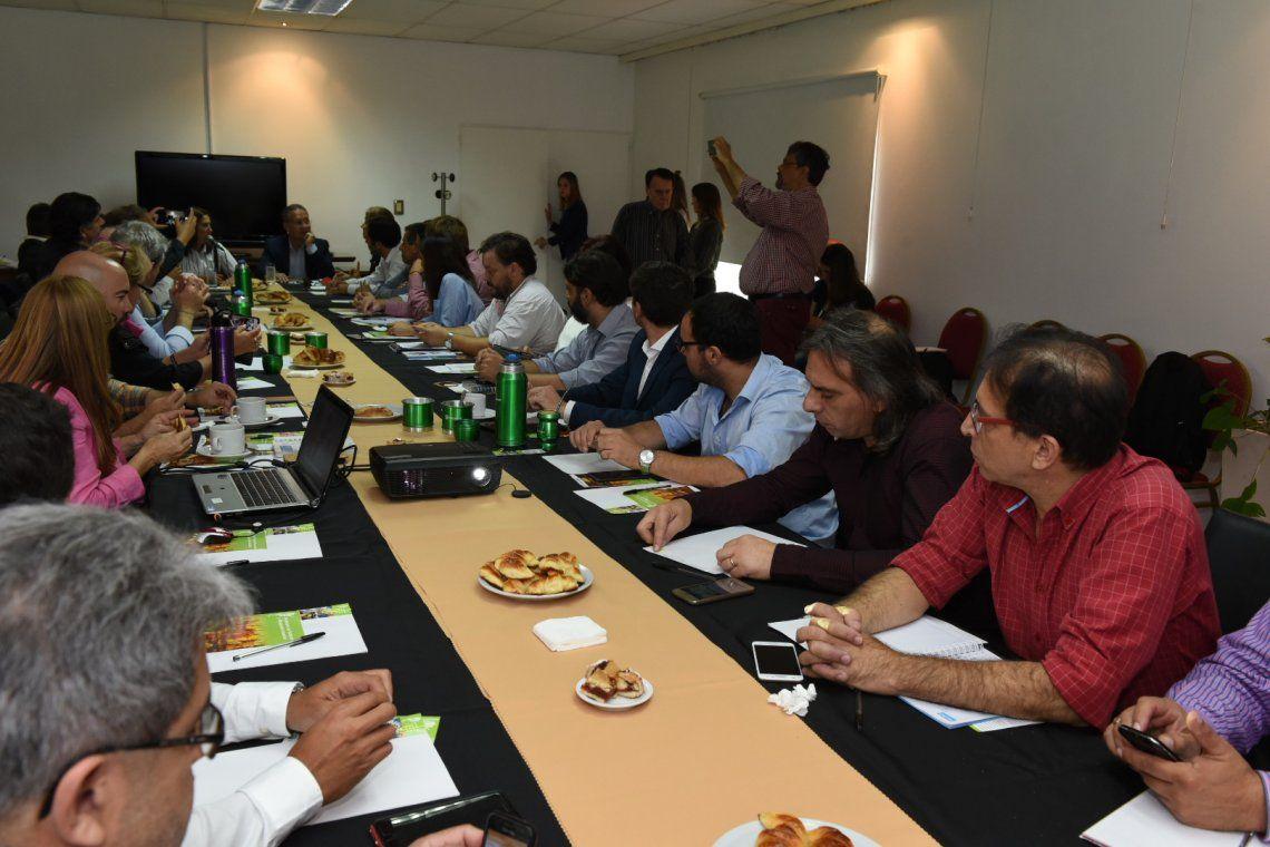Secretarios de Producción de 25 municipios se reunieron en Ituzaingó