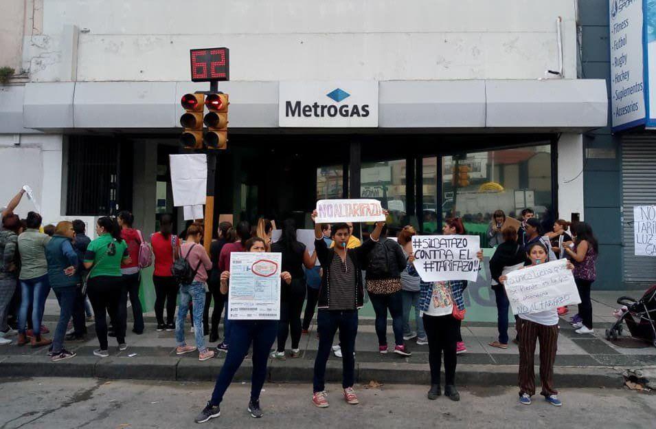 Realizaron un silbatazo por el aumento de tarifas en Avellaneda