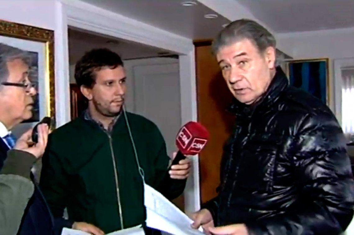Con TV en vivo, allanaron la casa de Víctor Hugo Morales y se llevaron sus cuadros