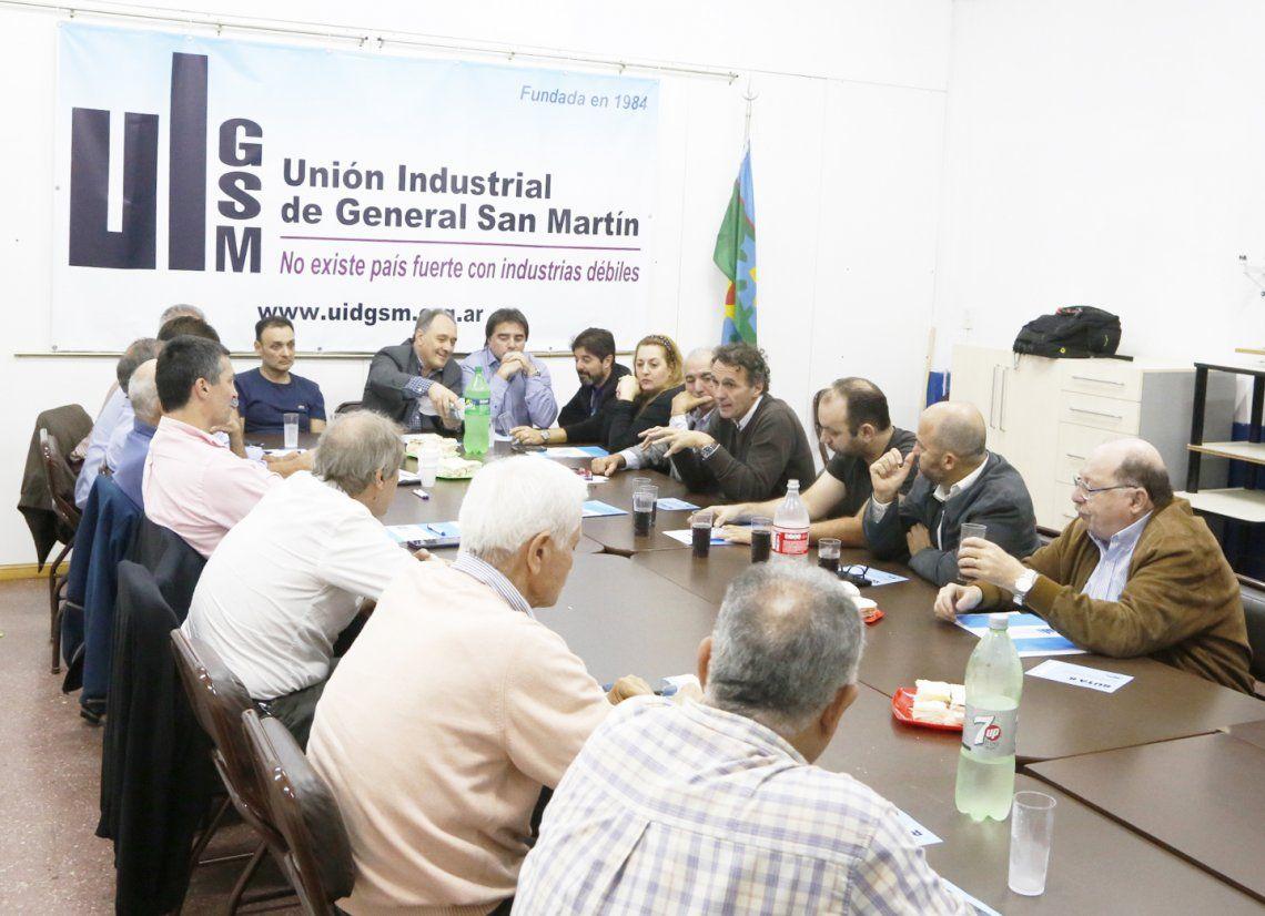 Katopodis se reunió con Cámaras Empresariales por el reclamo de la Ruta 8