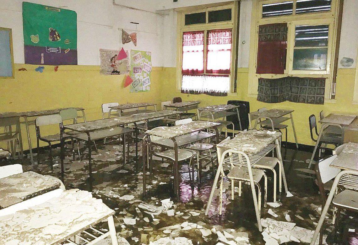 El colegio sufrió importantes daños en todas sus instalaciones