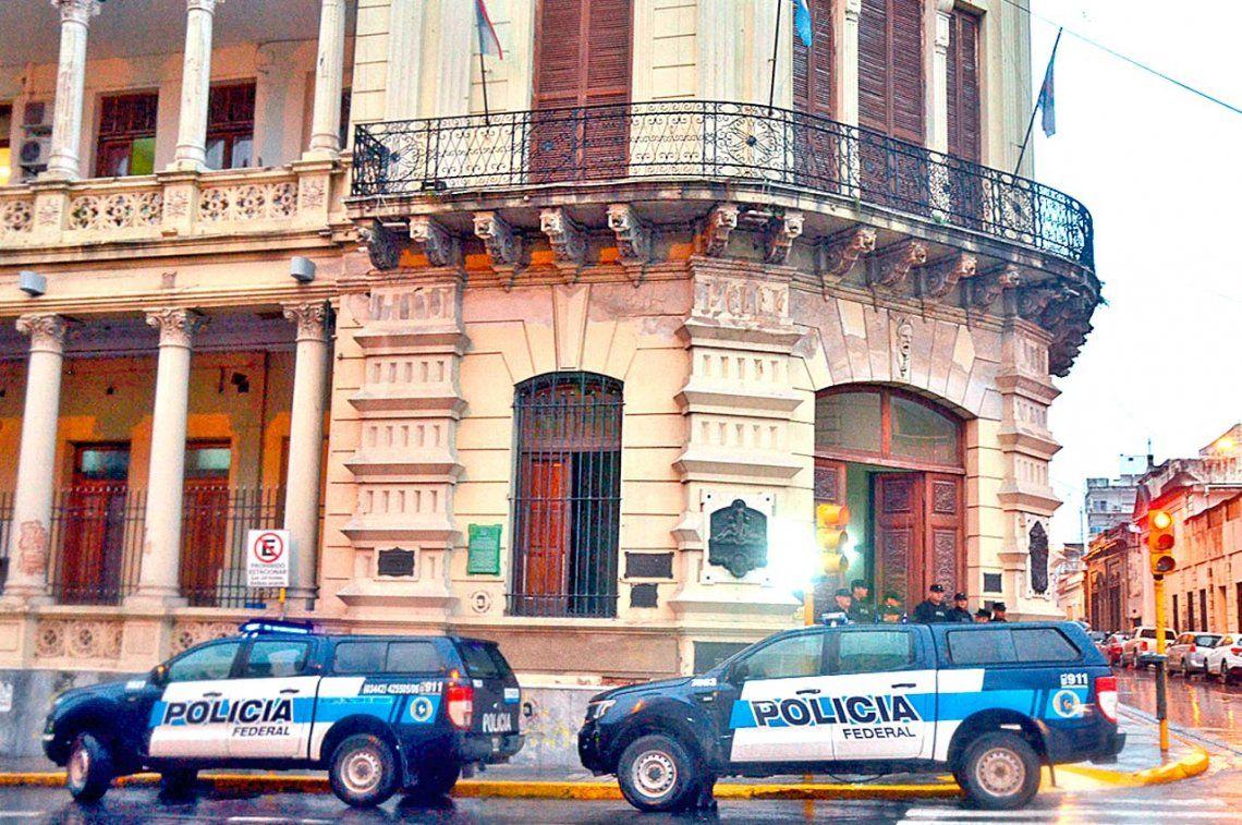 Allanan casa de intendente en una causa por narcotráfico