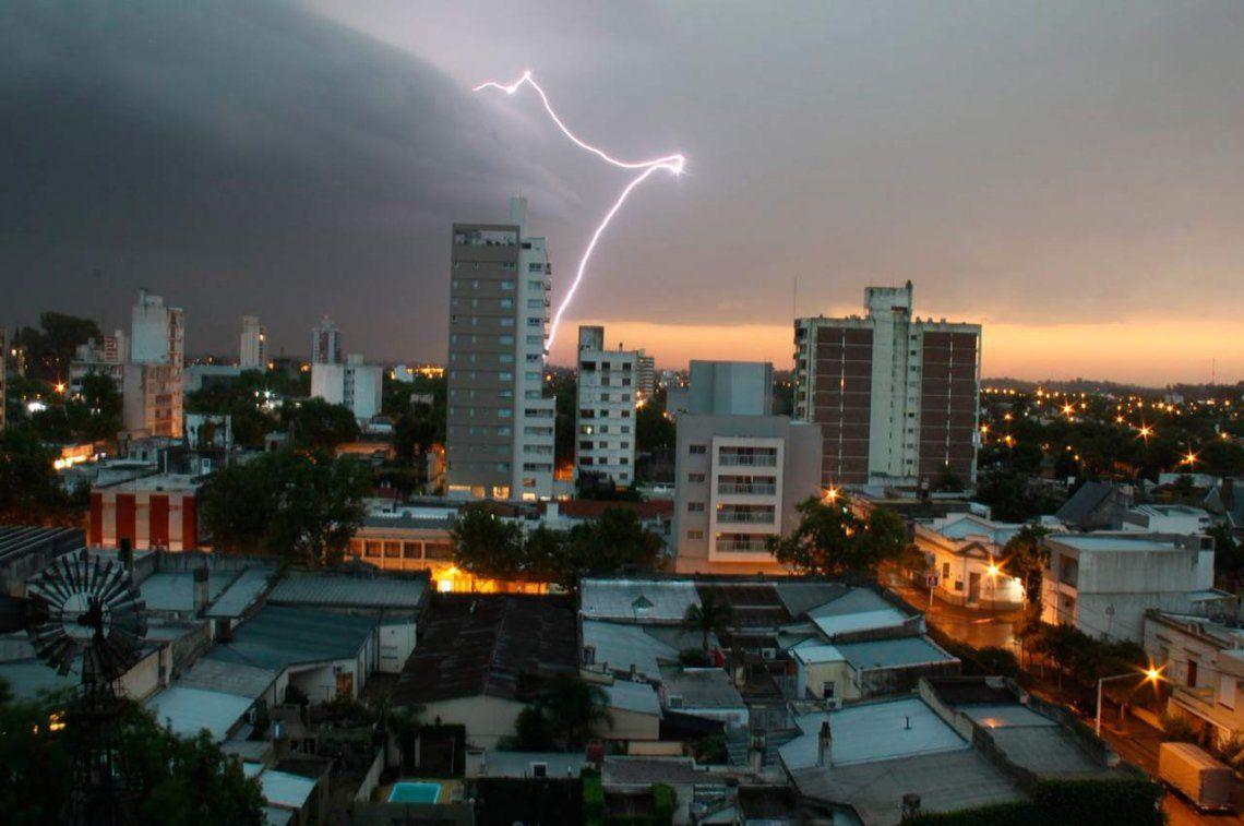 Un jueves con altas posibilidades de lluvia en la Ciudad