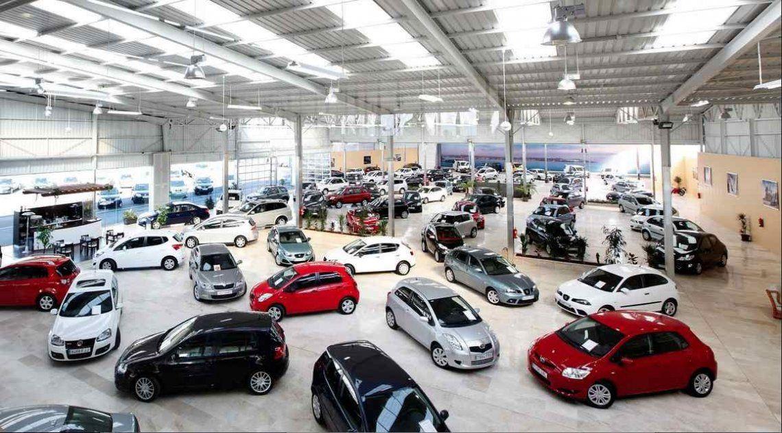En octubre la venta de vehículos 0 km cayó 33% interanual