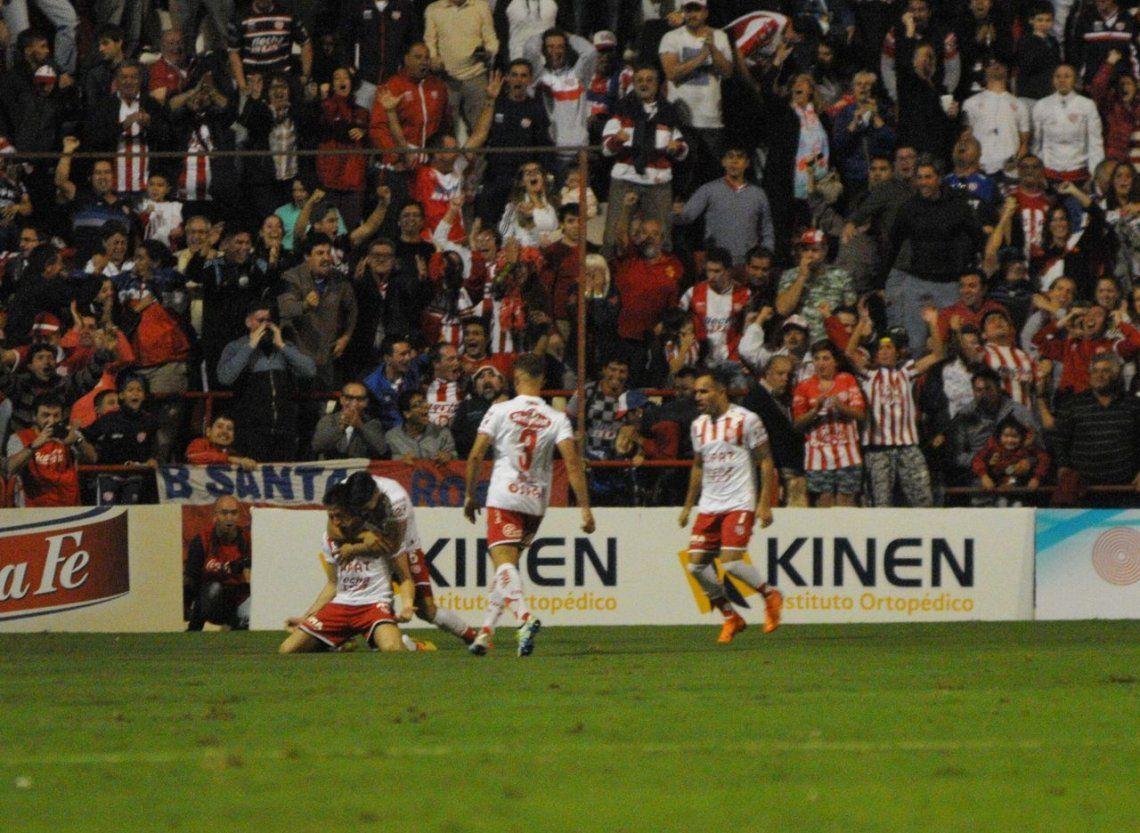 Unión dejó afuera de la Libertadores a Independiente y va a la Sudamericana