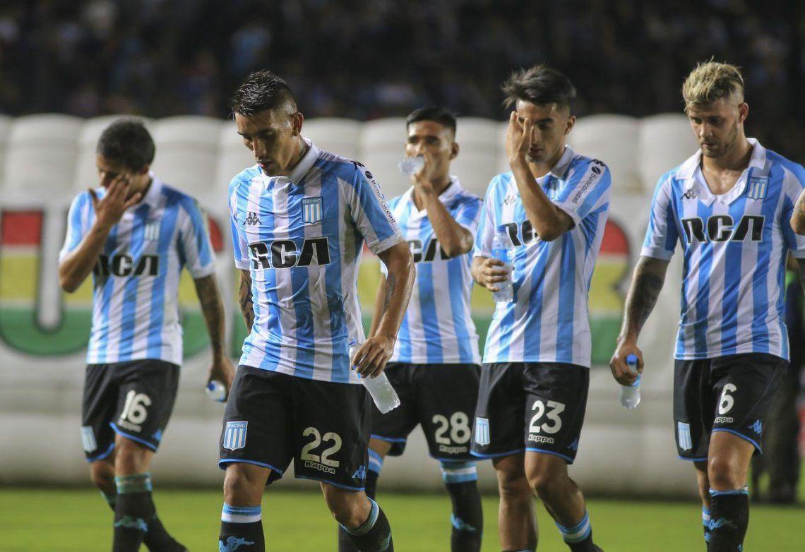 Un Racing desconocido perdió con Colón en Avellaneda y se quedó sin Libertadores 2019