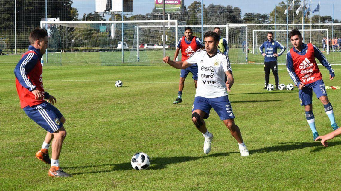 Selección Argentina: Cinco jugadores de la lista de 35 empezaron a moverse en Ezeiza