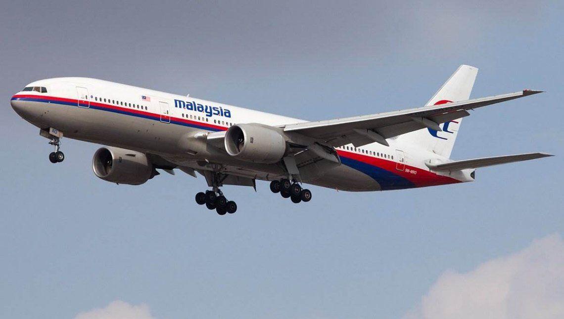 El piloto del vuelo MH370 realizó una misión suicida