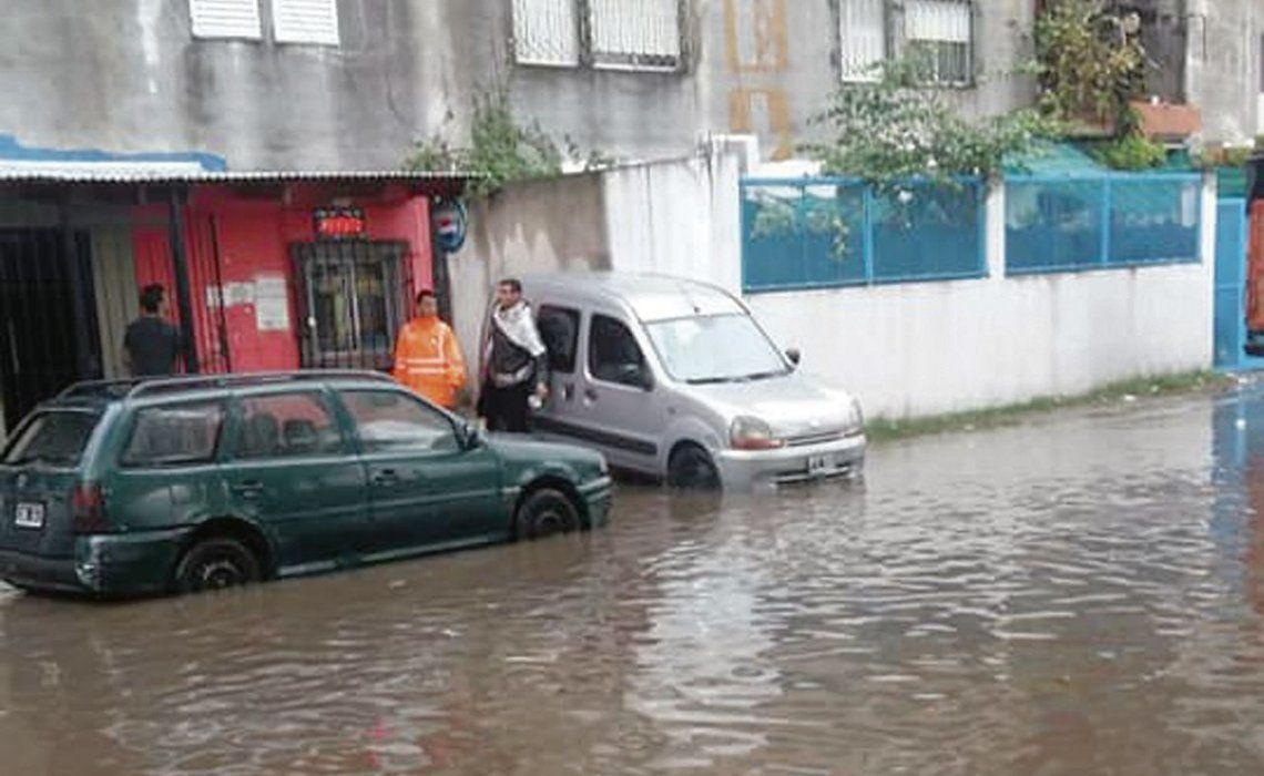 dEl barrio Fuerte Apache y la Secundaria 7 quedaron cubiertos por el agua.