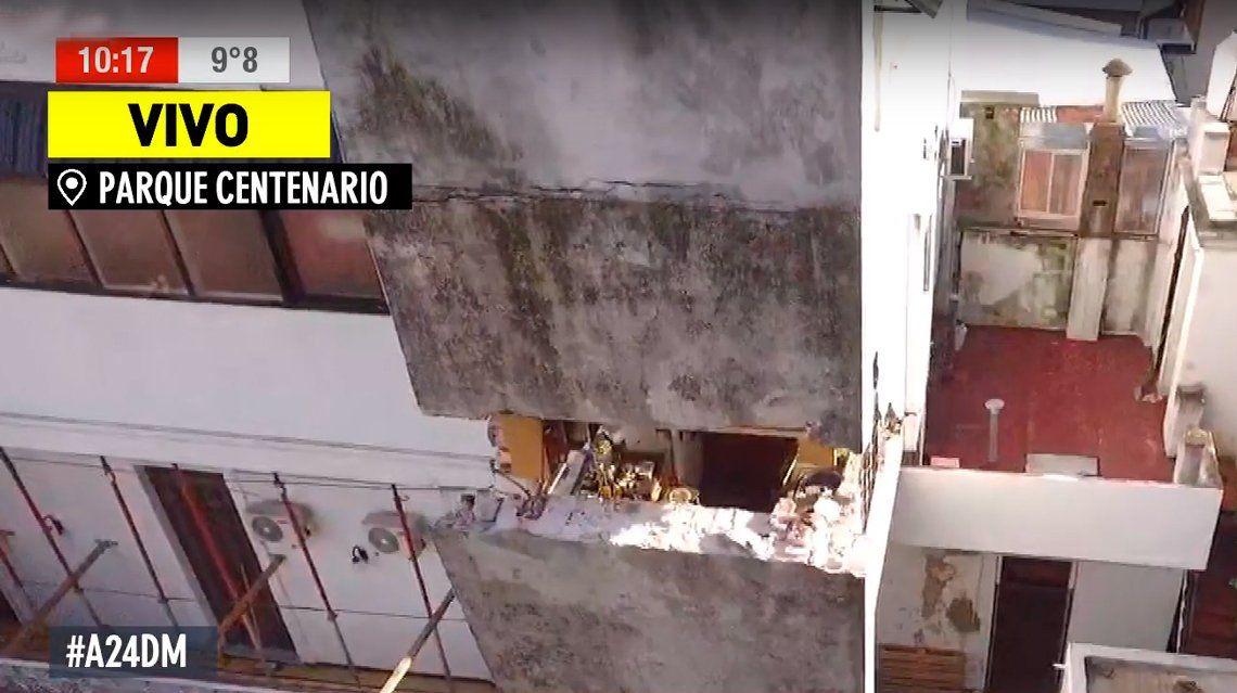 Obra en construcción resquebrajó su casa y su cocina está a punto de caerse