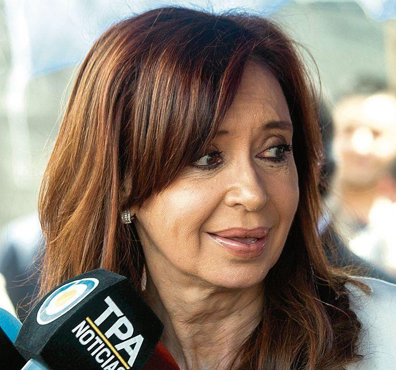 La madre de Nisman pide que investiguen a Cristina