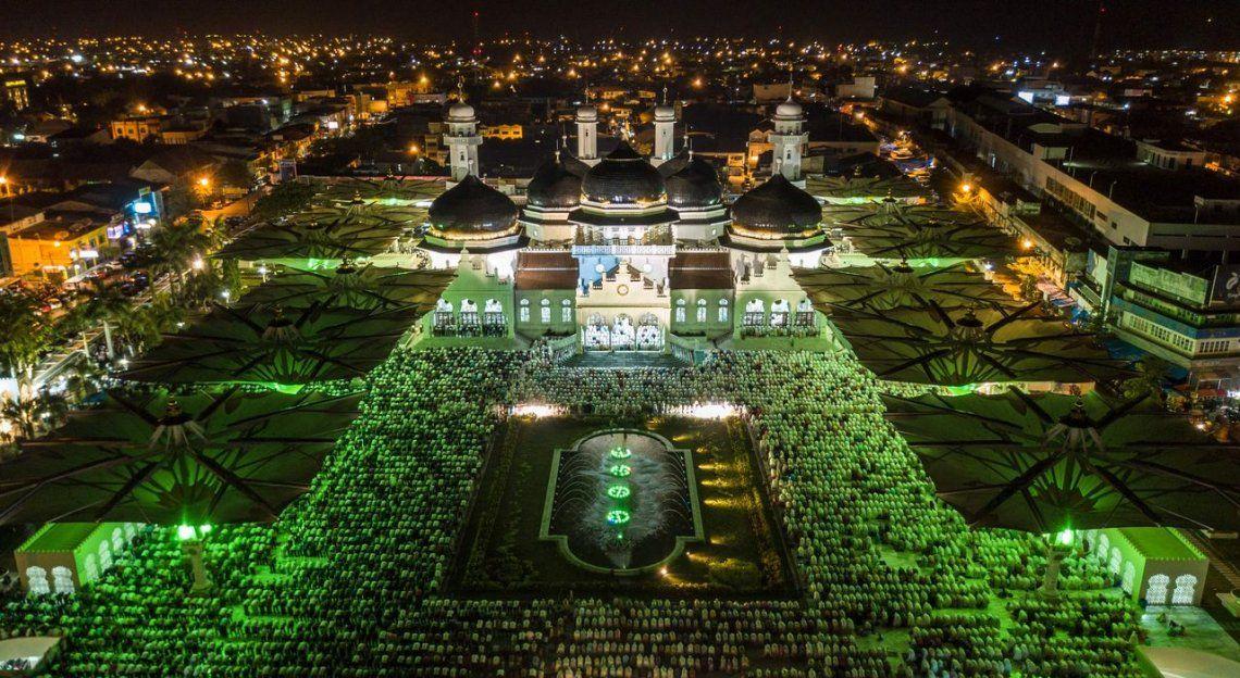 Indonesia | Mezquita de Baiturrahman en Banda Aceh