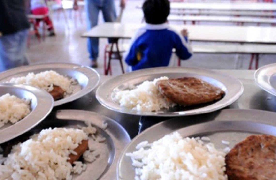 Temen sabotaje en la comida que va a las escuelas de Lanús