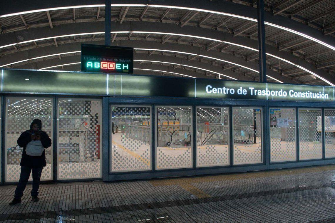 Se levantó el paro en las líneas C y D del subte, Metrovías elevó a 82 los trabajadores suspendidos