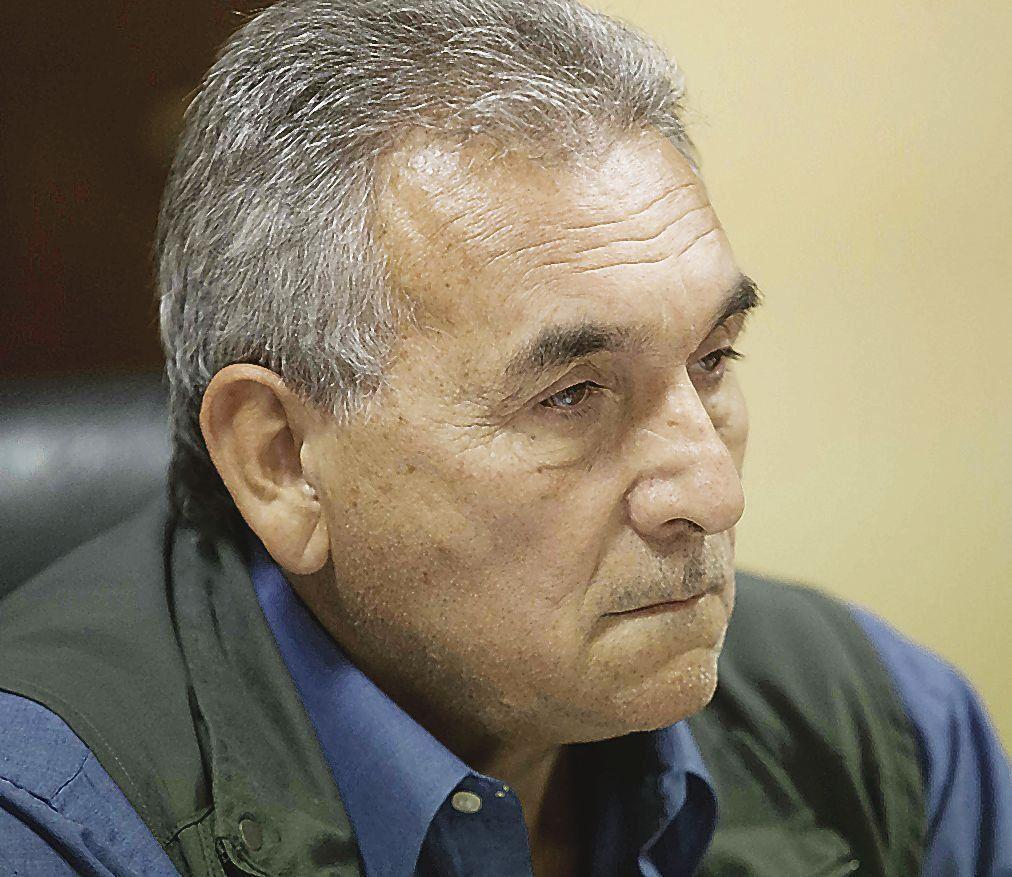 dSchmid reclama que la CGT fije una posición crítica hacia el gobierno.