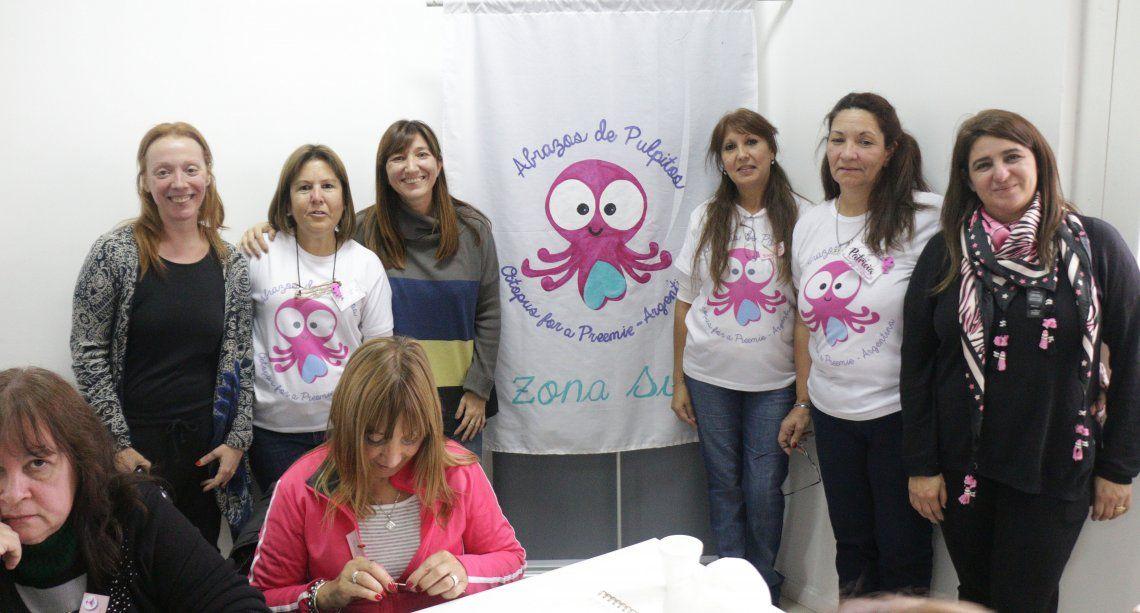 Abrazos de Pulpitos realizó una jornada solidaria en Lanús