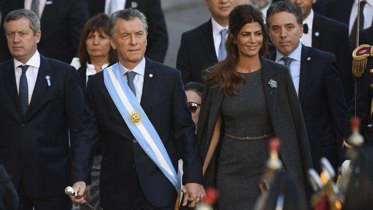 Macri, entre las críticas de Poli, la plaza vallada y un locro con vecinos