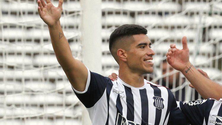 Boca quiere sí o sí Olaza y ofrece 4 futbolistas a cambio