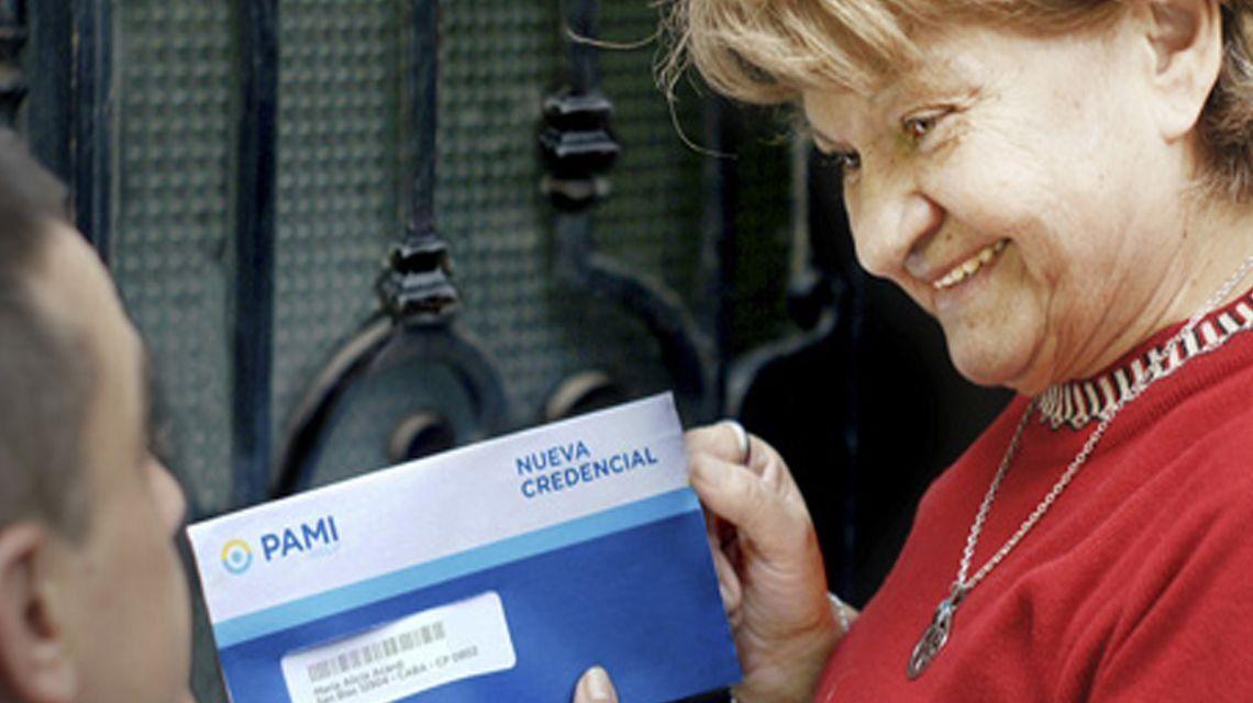 Distribuirán nuevas credenciales PAMI