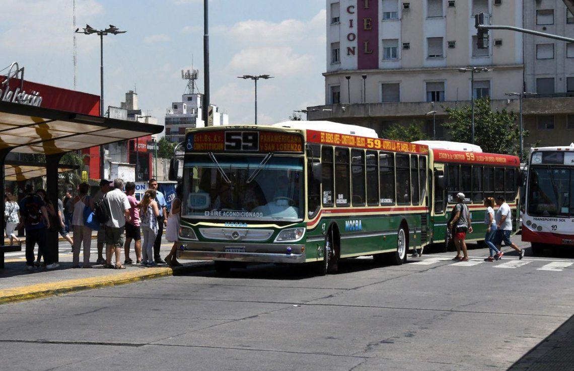 El Gobierno traspasará a las provincias y municipios los subsidios al transporte público: temen fuertes aumentos