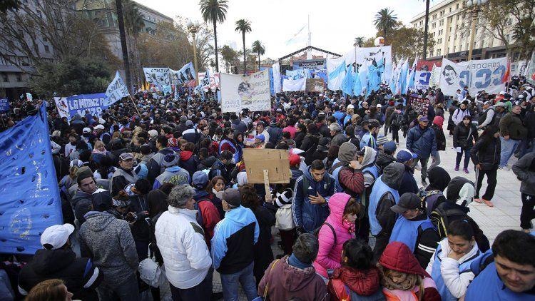 La izquierda encabezará hoy movilización contra el FMI