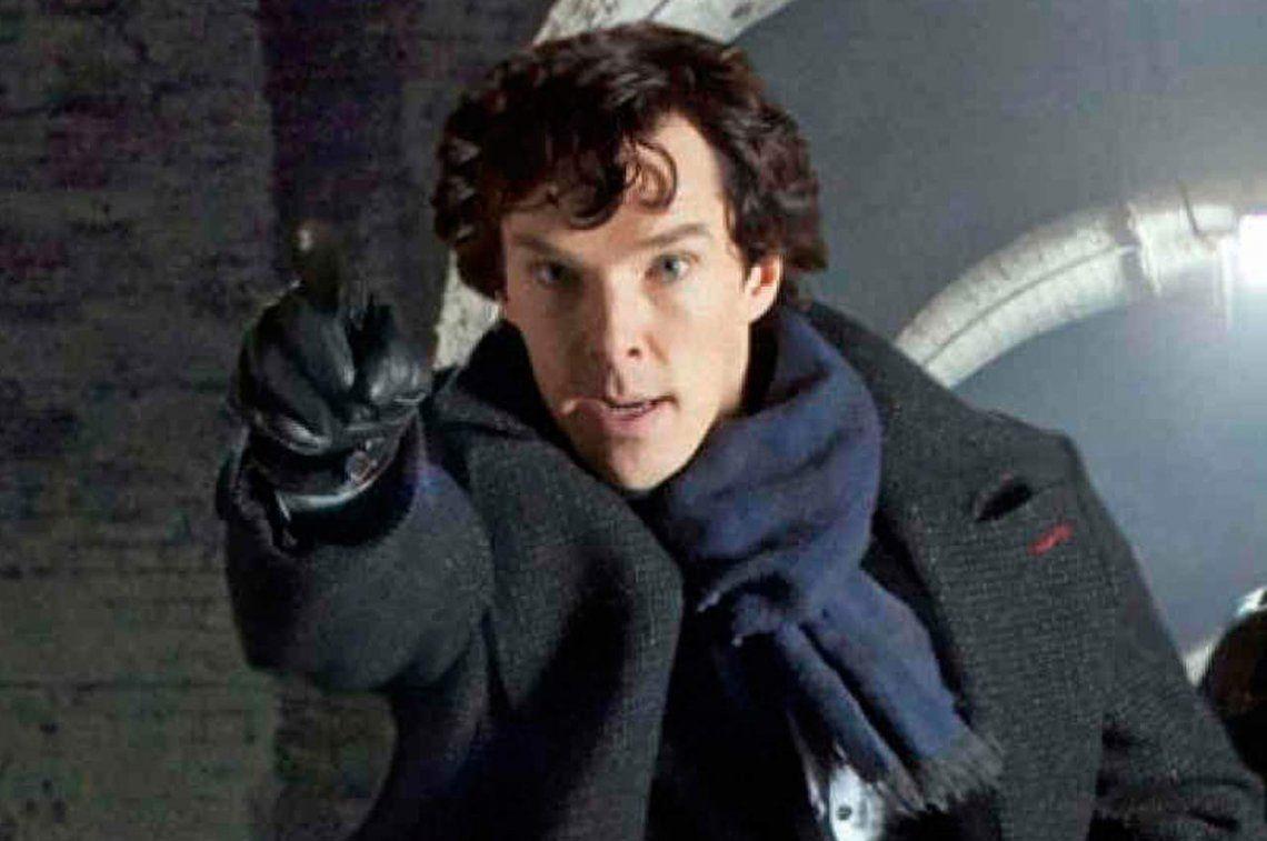 Sherlock saltó a defender a un repartidor en medio de asalto