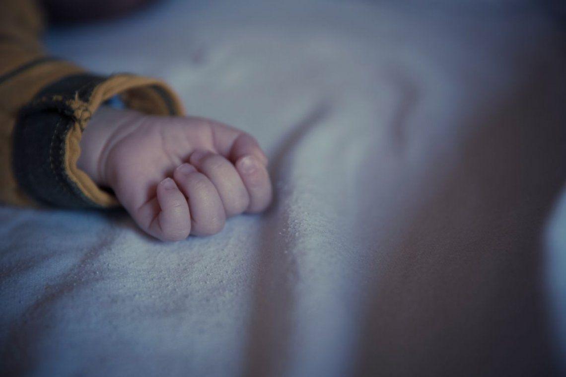 Una madre mató a su beba y dejó el cuerpo en un casillero