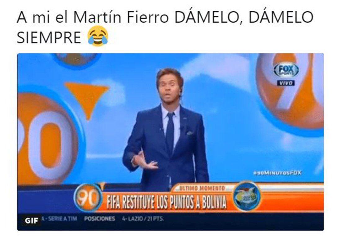 Aquí están, estos son: los memes de los Martín Fierro