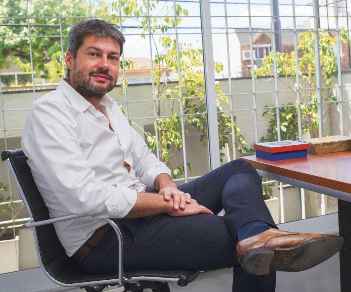 Tras la bomba de Cristina, Matías Lammens suena como el candidato de la unidad en la Ciudad