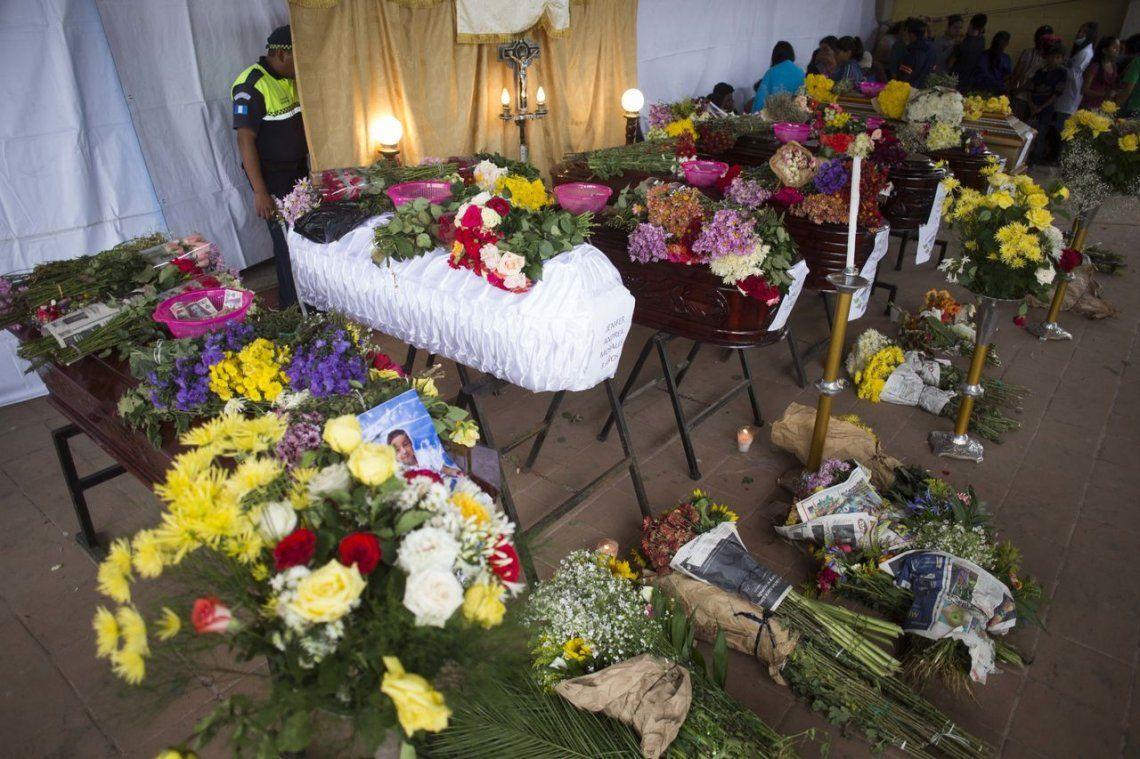 15 impactantes fotos tras la erupción del Volcán de Fuego que dejó 62 muertos en Guatemala