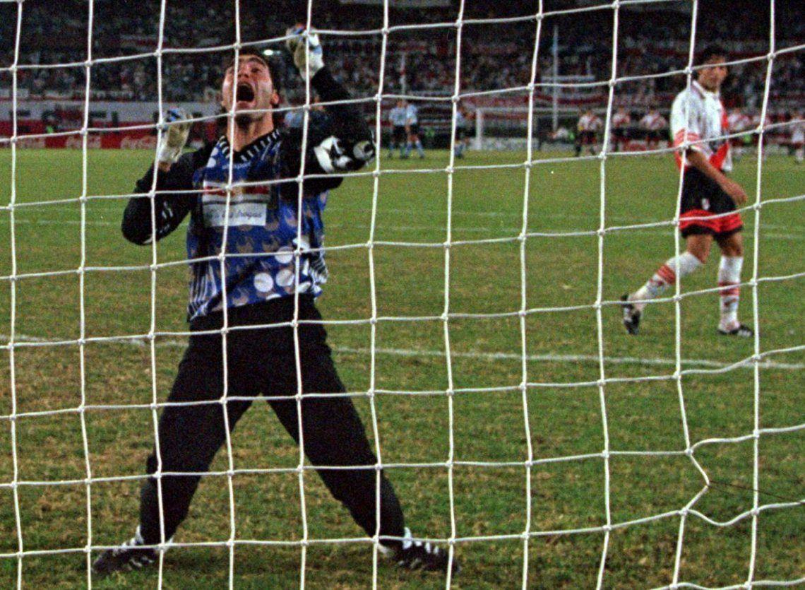 Historia, curiosidades y rachas de los River-Racing por Copa Libertadores