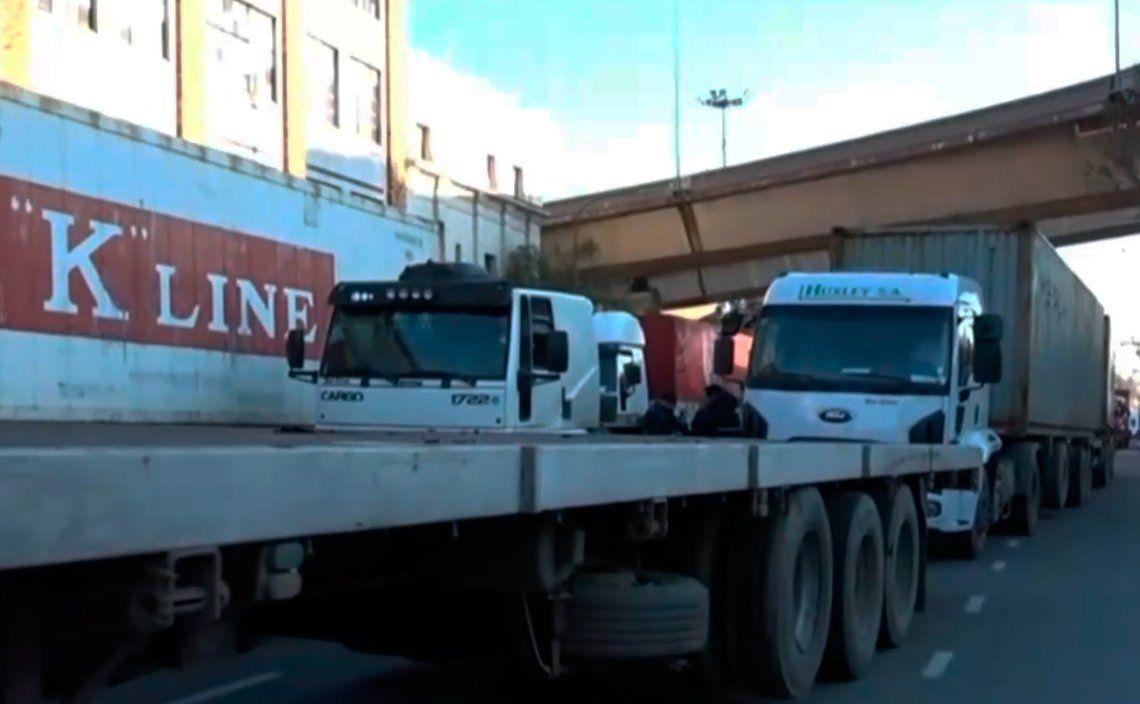 Camioneros y transportistas bloquean varios puntos de la Ciudad de Buenos Aires: todo el mapa de cortes
