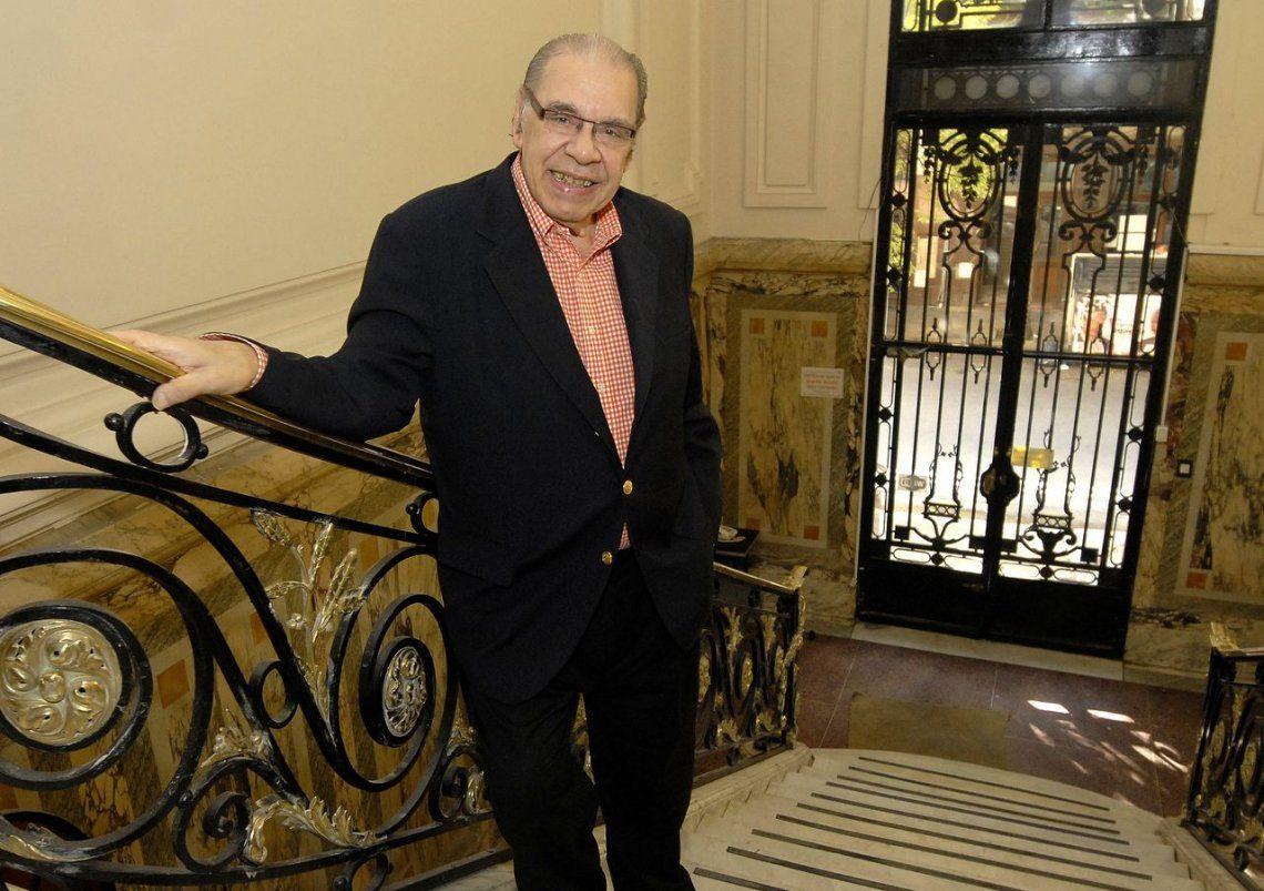 Los monólogos de Enrique Pinti llegaron a la medianoche de la TV Pública