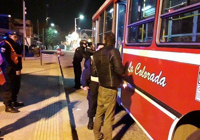 Controles en el transporte público en Lanús